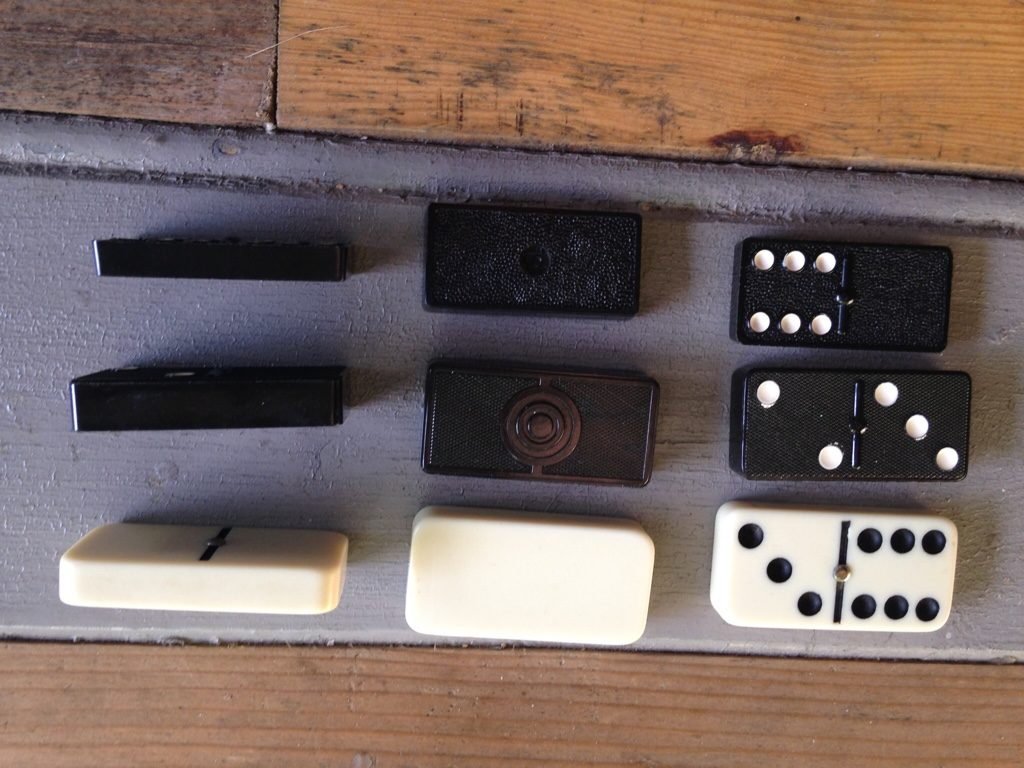 Dominoes in different sizes