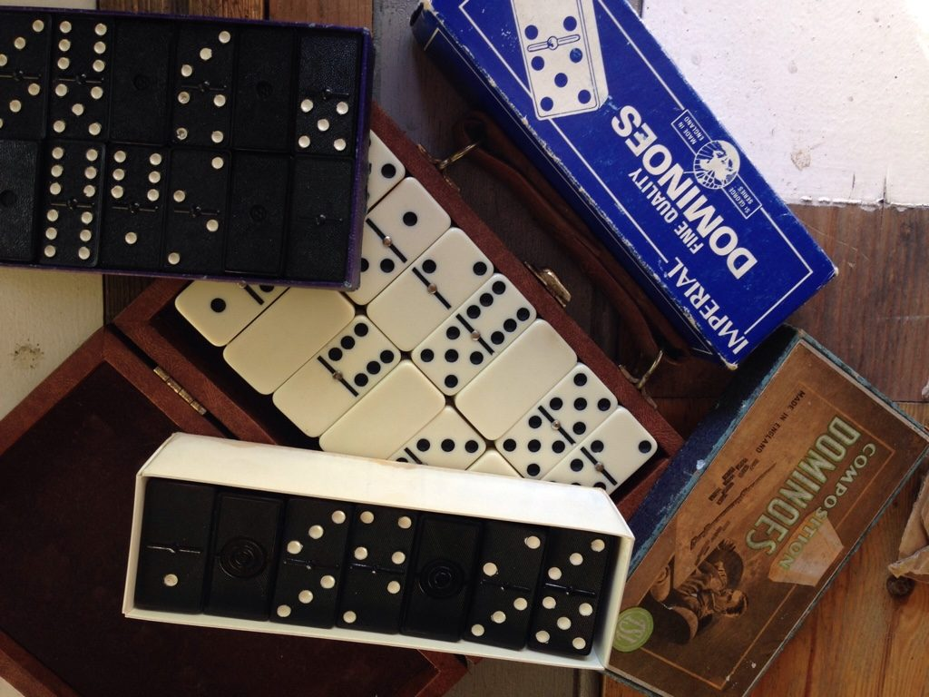 different dominoes games