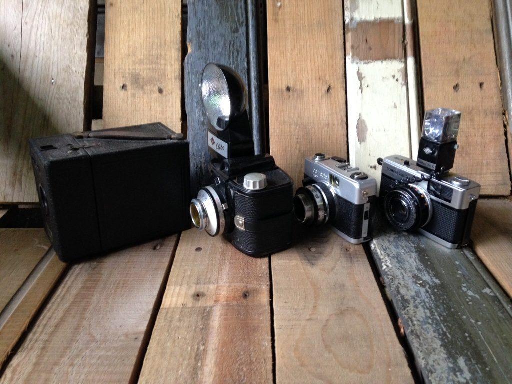 Set of 4 cameras Japan Germany England Agfa Olympus Coronet